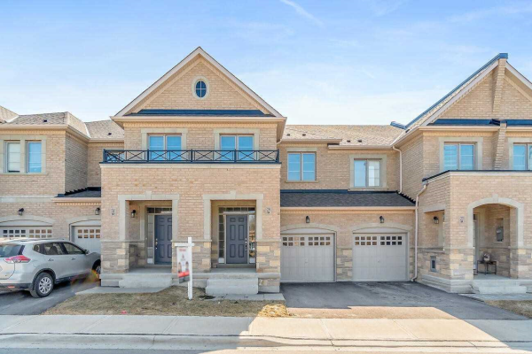 29 Bellflower Lane, Richmond Hill