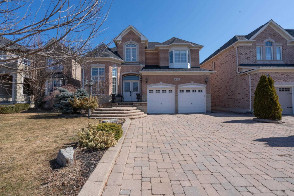 35 Barberry Cres, Richmond Hill