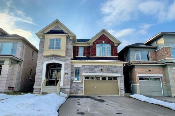 28 Eastgrove Sq, East Gwillimbury