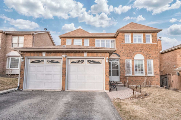 161 Chambers Cres, Newmarket
