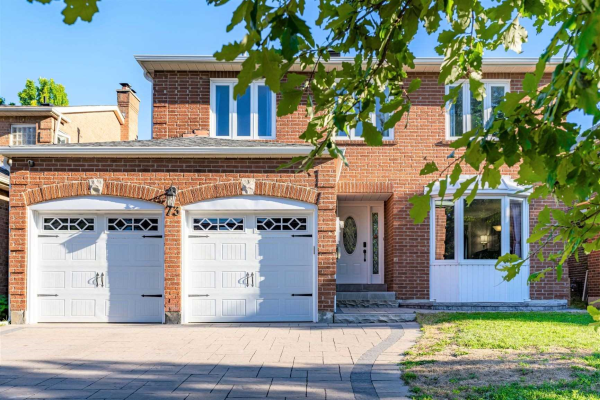 73 Spring Gate Blvd, Vaughan