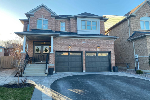52 Ken Wagg Cres, Whitchurch-Stouffville