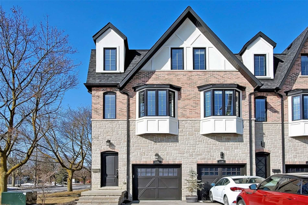 121 Hunt Ave, Richmond Hill
