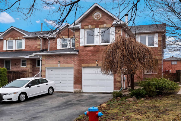18 Ritva Crt, Richmond Hill