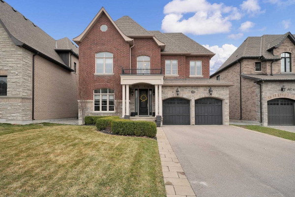 88 Arten Ave, Richmond Hill