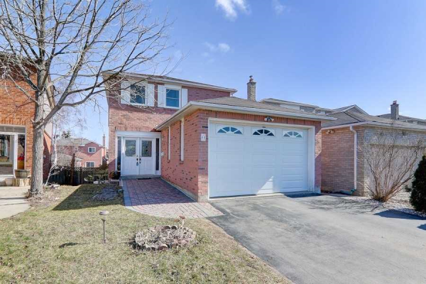 11 Bingham St, Richmond Hill