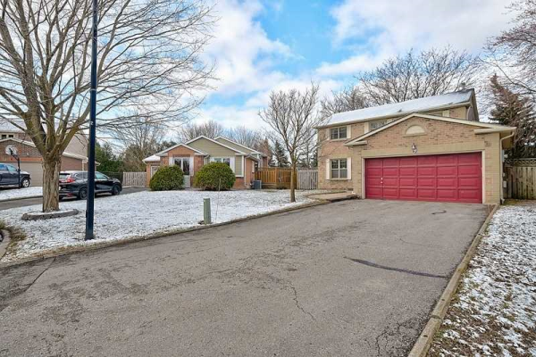 9 Eves Crt, Newmarket