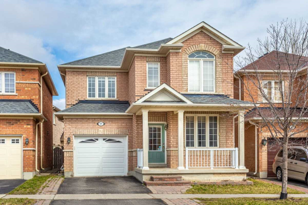 261 Alfred Paterson Dr, Markham