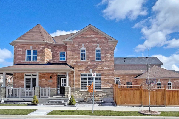 571 William Forster Rd, Markham