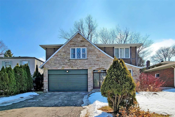 69 Royal Orchard Blvd, Markham