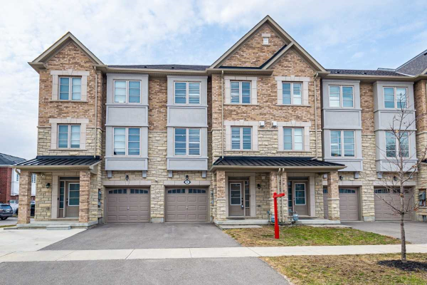 22 Lowther Ave, Richmond Hill