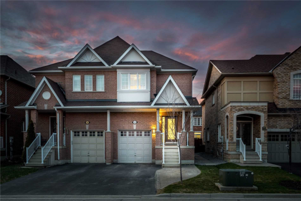 68 Old Orchard Cres, Richmond Hill