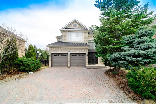 146 Colesbrook Rd, Richmond Hill