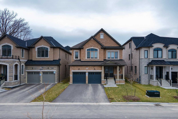 61 Cannes Ave, Vaughan