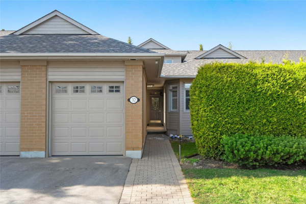 32 Kingfisher Cove Way, Markham