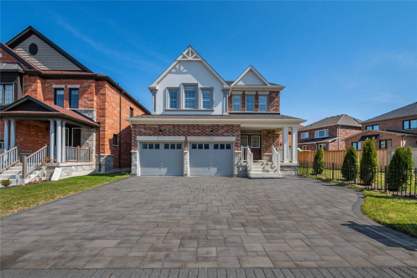 15 Sharonview Cres, East Gwillimbury