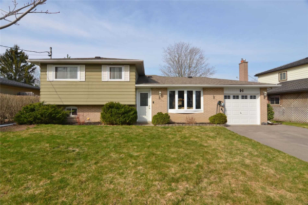 4 Willow Dr, New Tecumseth