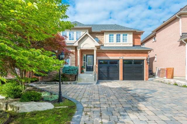 14 Richvalley Cres, Richmond Hill