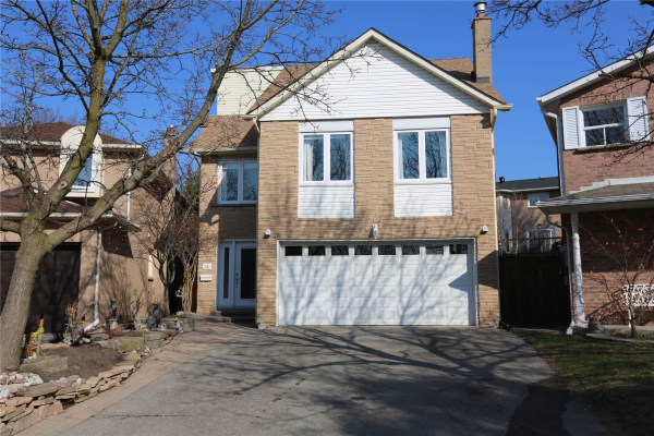 32 Breda Crt, Richmond Hill