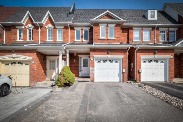 77 Ruby Cres, Richmond Hill