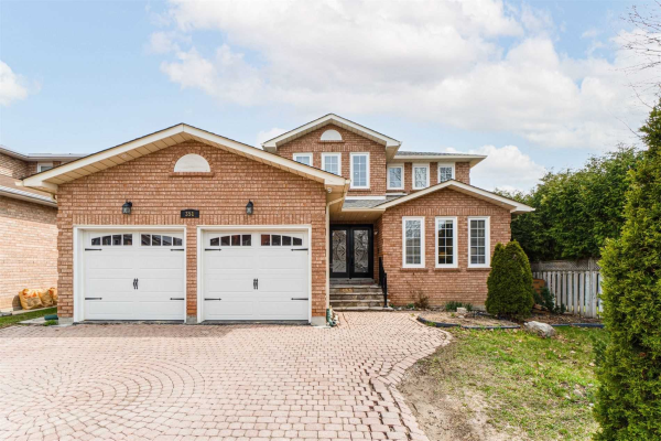 351 Valleymede Dr, Richmond Hill