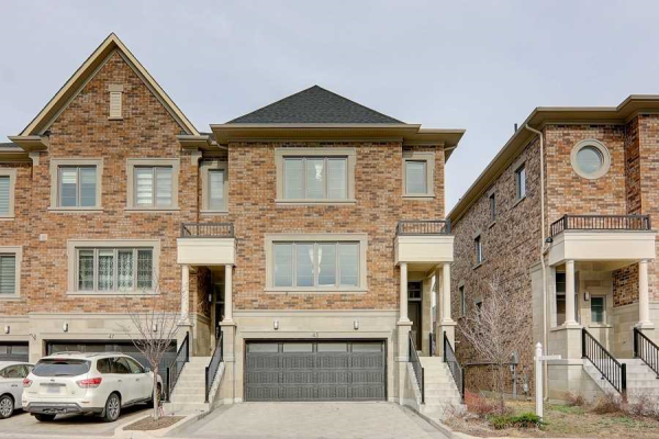 45 Divon Lane, Richmond Hill