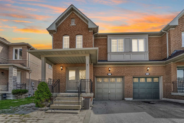 7 Kingly Crest Way, Vaughan