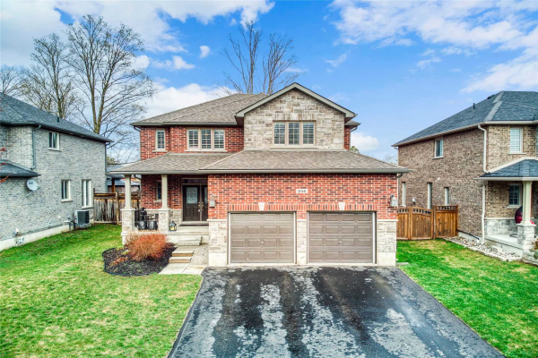 846 Booth Ave, Innisfil