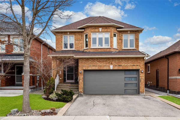 31 Colle Melito Way, Vaughan