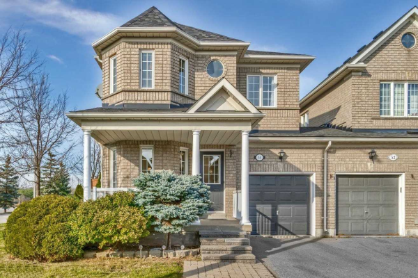 54 Walkview Cres, Richmond Hill