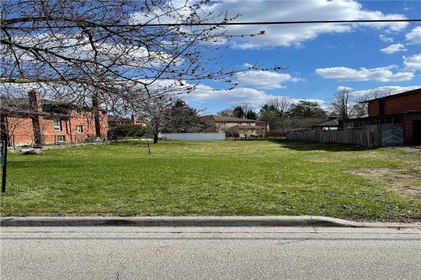 105 May Ave, Richmond Hill