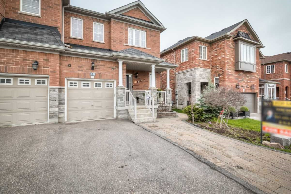 58 Aikenhead Ave, Richmond Hill