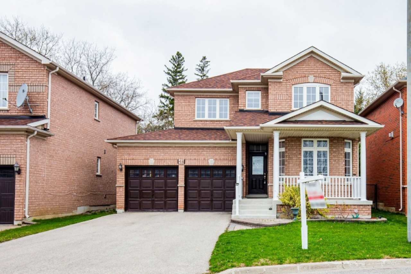 48 Post Oak Dr, Richmond Hill