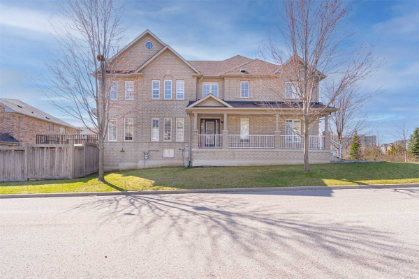 54 Revelstoke Cres, Richmond Hill