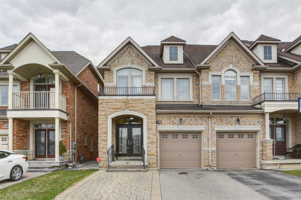 19 Marc Santi Blvd, Vaughan