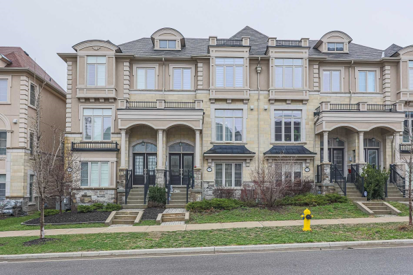 98 Grand Trunk Ave, Vaughan