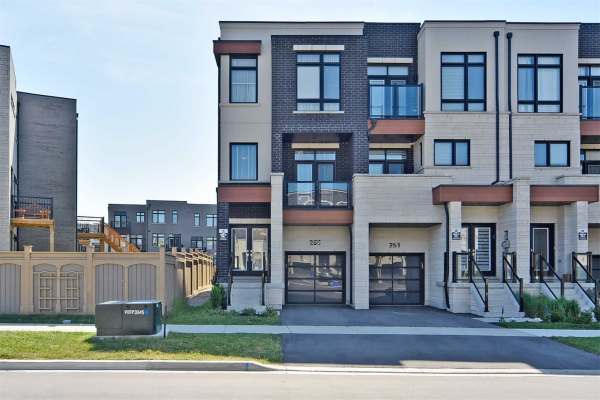 255 Thomas Cook Ave, Vaughan