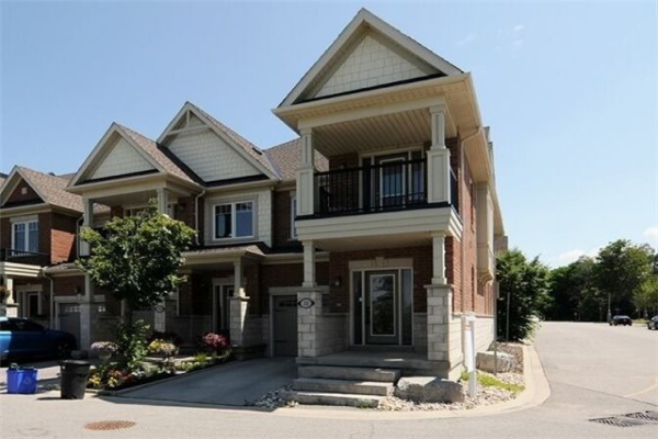 31 Expedition Cres, Whitchurch-Stouffville
