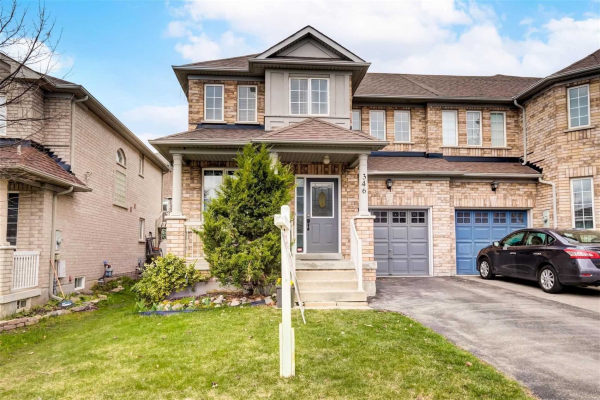 346 Flagstone Way, Newmarket