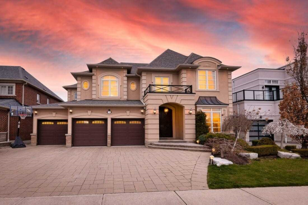 71 Cooks Mill Cres, Vaughan