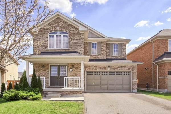 73 Crowther Dr, Newmarket