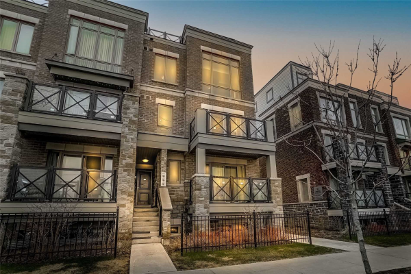 60 Dunsheath Way, Markham