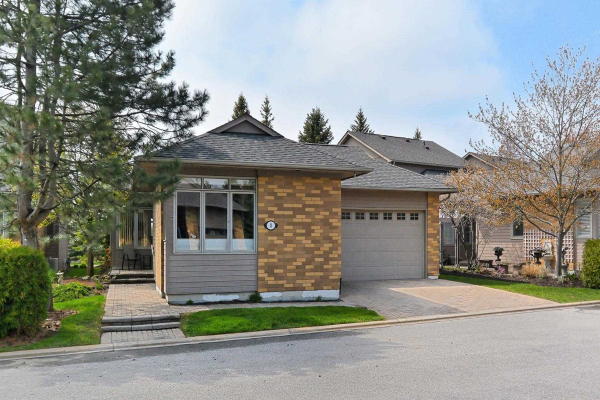 8 Loon Harbour Way, Markham