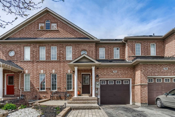 392 Hawkview Blvd, Vaughan