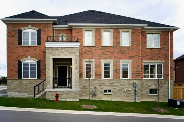 21 Thornapple Lane, Richmond Hill