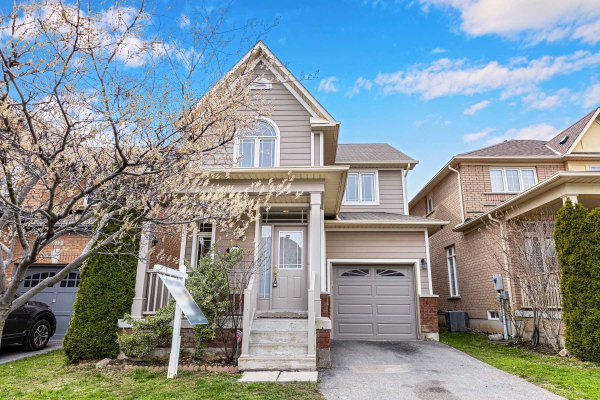 114 Alfred Paterson Dr, Markham