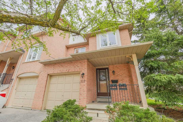 117 Rougehaven Way, Markham