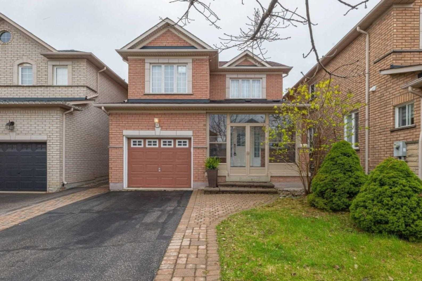 21 Daiseyfield Cres, Vaughan