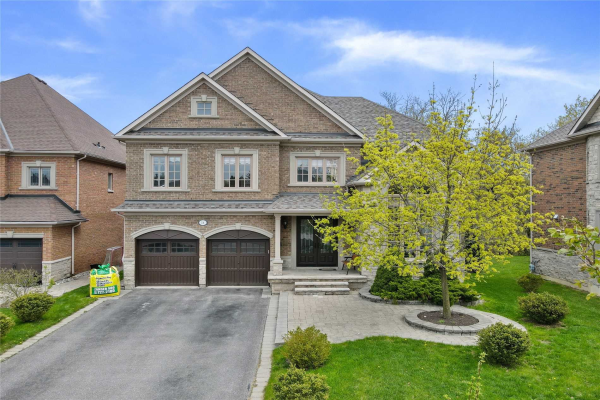 14 Magistrale Crt, Richmond Hill