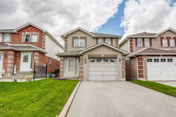 102 Longview Dr, Bradford West Gwillimbury